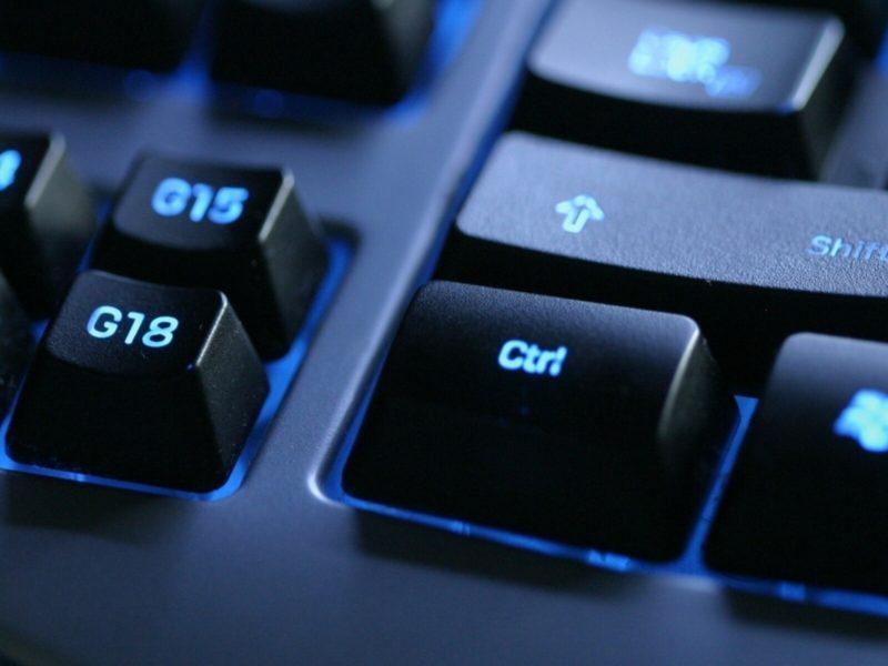 20×1200 Keyboard Backlit Black Blue Background