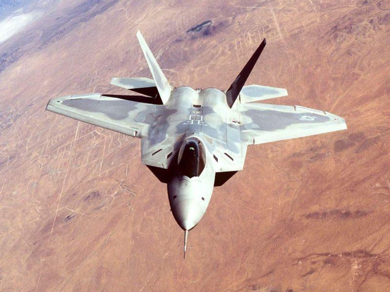 F22 Raptor 700382