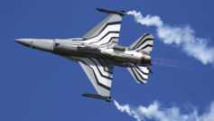 Amics F 16 Fighting Falcon Fighter Aircraft Hd