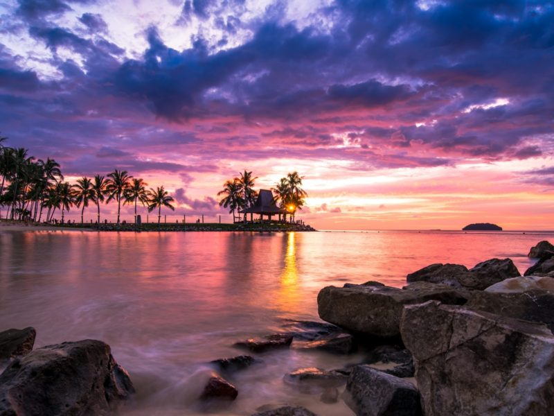Beach Resort Sunset 1600×900
