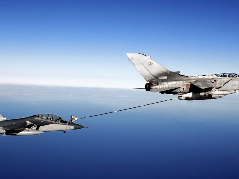 Fighter Aircraft Air To Air Refueling 1280×720
