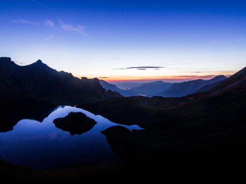 Mirror Sunset 1600×900
