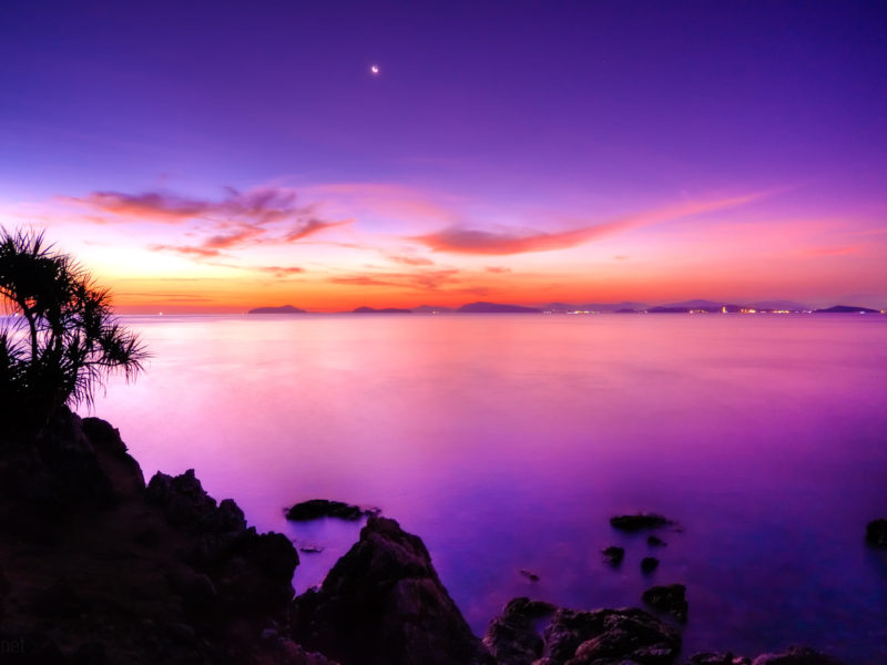 Sunset Moon Wide