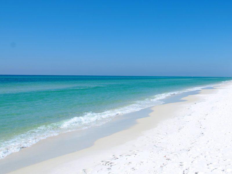White Beach 4k